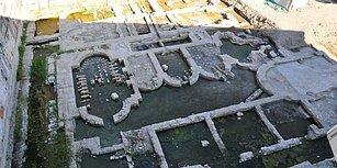 İzmir'de Yıkılan İşhanı Zemininde Antik Roma Dönemine Ait İmparatorluk Salonu Bulundu