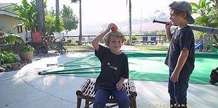 Elmaya Vurmak İsterken Çocuğun Kafasını Dağıtan Beyzbol Sopalı Ufaklık