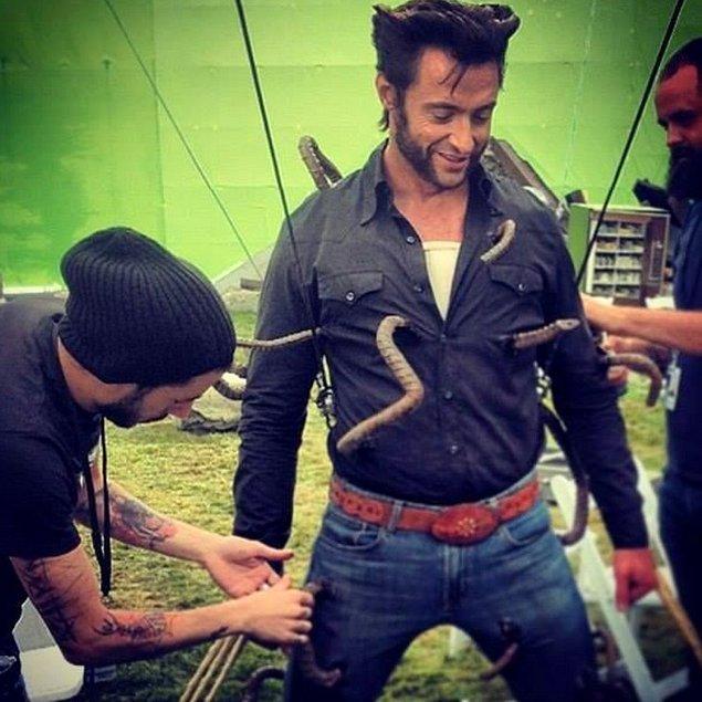 5. 'X-Men: Geçmiş Günler Gelecek' setinde Hugh Jackman, sahnesine hazırlanıyor.