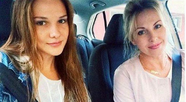 15. Alina Boz annesi Olga hanımın fotoğrafını paylaştığında kendisinden daha çok ilgi görüyor.