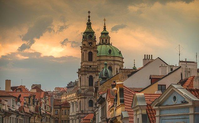 11. St. Nicholas Kilisesi, Çek Cumhuriyeti.