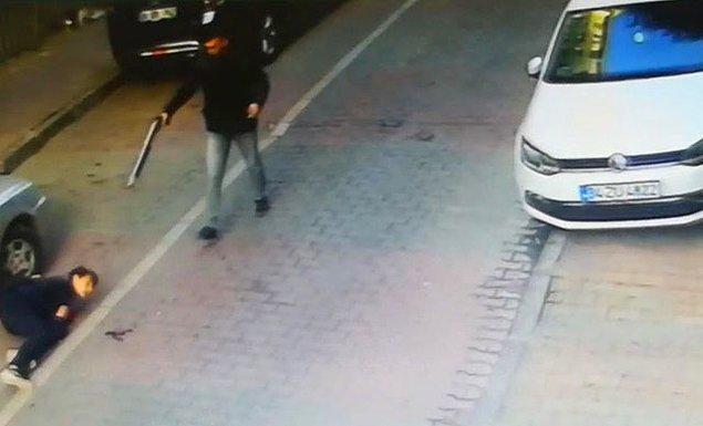 Korkunç olay dün 16.00 sıralarında Siyavuşpaşa Mahallesi, Mine Sokak'ta meydana geldi.