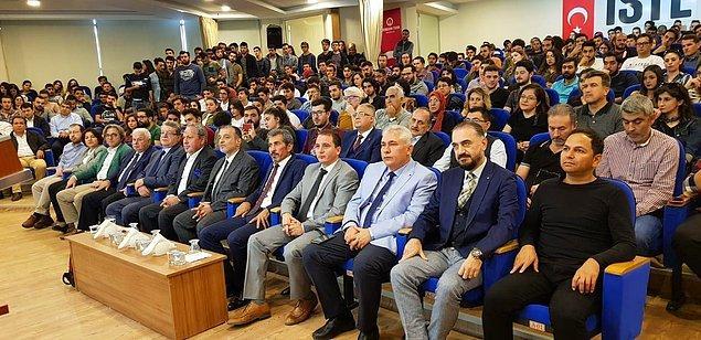 Türkiye Zeka Vakfı'nı 26 yıl önce Mili Eğitim Bakanı Ziya Selçuk ile birlikte kurduklarını söyleyen Oğuz, şöyle devam etti 👇