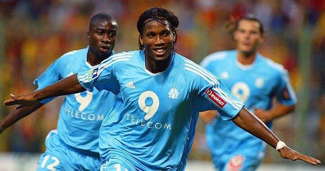 2003 yılında Marsilya'ya transfer olan Drogba, ligde 35 maçta 19 gol atarak takımına büyük katkı sağladı. Ancak o sezon Drogba'yı özel kılan Şampiyonlar Ligi grup maçında 5, UEFA Kupası'nda attığı 6 gol olmuştur.