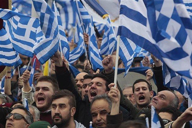 Avrupa Birliği ülkeleri arasında en yüksek dış borç Yunanistan'ın omuzlarında.