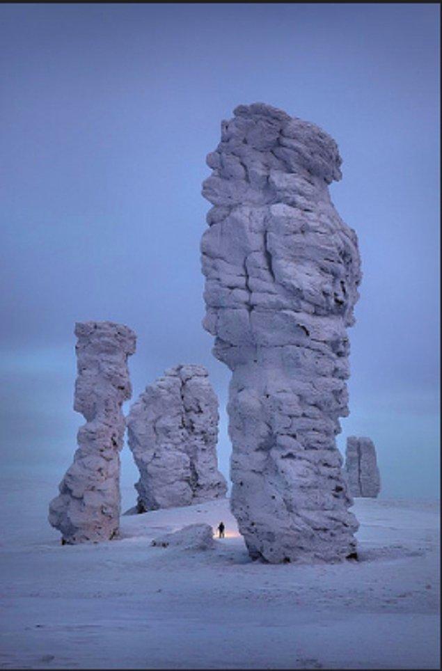 10. Rusya Ural Dağları'ndaki Manpupuner kaya oluşumları: