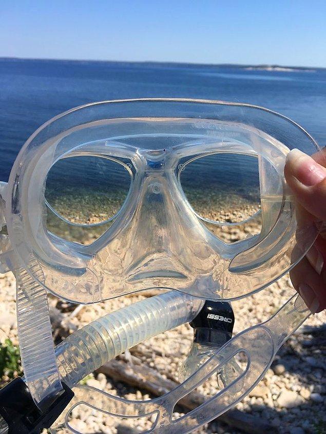 """10. """"Maskemin içine mükemmel bir şekilde sığan numaralı gözlüklerim vardı. Bütün balıkları net bir şekilde görebiliyordum."""""""