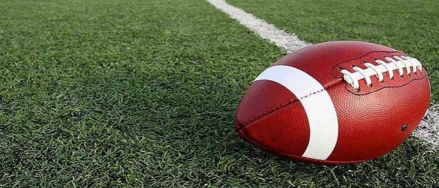 6. Amerikan Futbolu Topu
