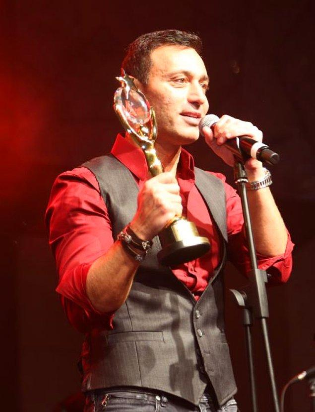 21. Mustafa Sandal