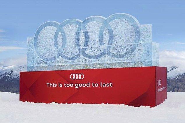 4. Audi, bu büyük buzdan logoyu kurdu ve buz eriyene kadar indirim yapacaklarını duyurdu.