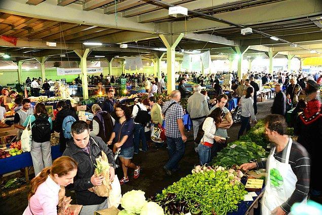 15. Son olarak, pazarın o mahşerlik kalabalığından çıkan seslere karşı kulakları da dayanıklıdır.
