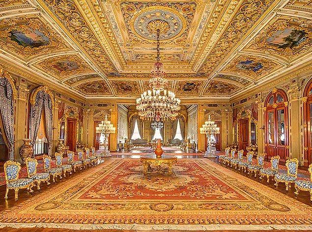 8. İlk Osmanlı sarayı hangi şehirde yapılmıştır?