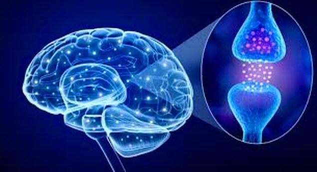 Bir sinir sistemi hastalığı olan Parkinson, binde bir sıklıkla görülür ve tedavisiz iyileşmek imkansızdır. Beynin alt kısımlarındaki gri cevher çekirdeklerinin bozukluğuna bağlı olarak ortaya çıkar.