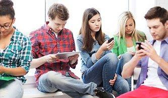 Elinize Almadan Bir Kez Daha Düşünün! Akıllı Telefonlar Klozetlerden Tam Yedi Kat Daha Kirli!