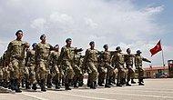 Hulusi Akar Kuvvet Komutanlarıyla Görüştü: Askerlik Süresi Kısalıyor