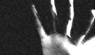 Çocuğa Cinsel İstismar ve Anneye Şikâyetten Vazgeç Baskısı: 'Çocuğun Erkek, Kızlığı Bozulmadı, Unutur Gider'