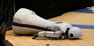 Konya'da Üretildi, 85 Bin Liraya Mâl Oldu: İnsansı Robot 'Mini Ada' Sahneden Düşerek Parçalandı