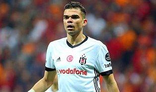 """Pepe, Beşiktaş'a Veda Etti: """"Beşiktaş En İyisini Hak Ediyor, Sizleri Asla Unutmayacağım"""""""