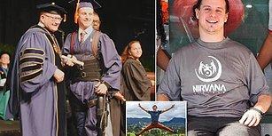 Diplomasını Almak İçin Tekerlekli Sandalyesinden Kalkıp Robotik Eksoskeleton ile Yürüyen Genç