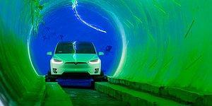 Elon Musk İnşa Ettiği Devasa Yer Altı Tünelinde Araçlar 250 Kilometre Hızla Gidecek