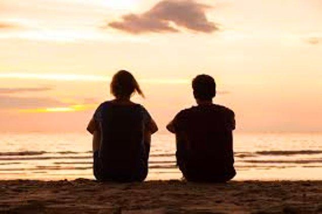 5. Sevdiğiniz bir insanın fotoğrafına bakmak acınızı azaltıyor.