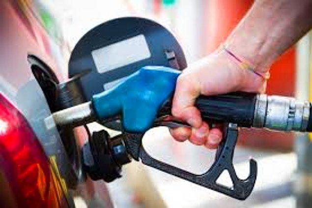 13. Benzinin yaz ve kış için farklı harman çeşitleri vardır. Bahar aylarında benzin fiyatlarının yükselme nedenlerinden biri de budur.