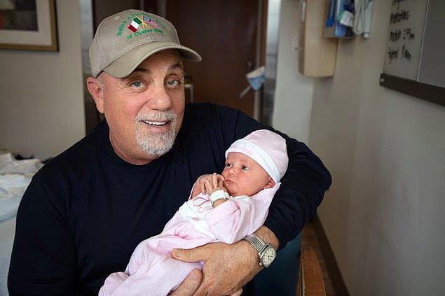 8. Müzisyen Billy Joel ise 67 yaşında kız babası oldu.