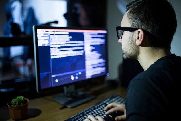 Bilgi ve iletişim sektöründe iş açığı en çok olan ilk 10 meslek hangileri?