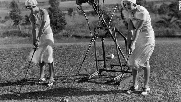 3. 1925'te golf öğreten ve golf yeteneklerini geliştiren robot