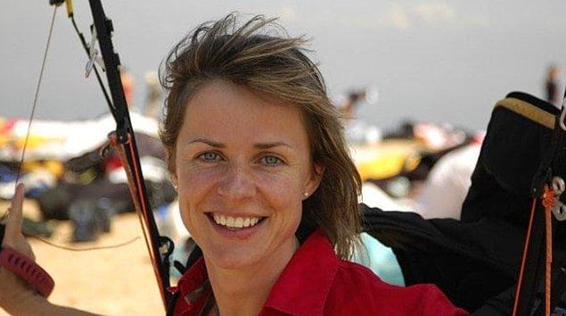 8. Ewa Wiśnierska - Bir fırtınaya kapılan paraşütçü