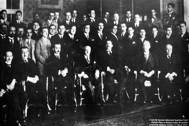 1923: Lozan Konferansı, tarafların uzlaşamamaları nedeniyle kesildi.