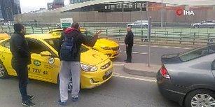 Trafik Var Diyerek Müşterilerini Yol Ortasında İndiren Taksici