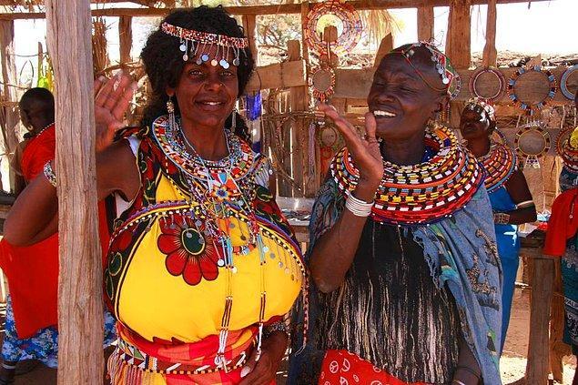 Gezisinden sonra Kenya'ya yerleşmeye karar veren Malaika'nın en sevdiği bölge ise ekvator yakınlarında olan İsiolo imiş.
