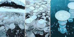 Dibinden Metan Gazı Çıkan Gölün Donmasıyla Ortaya Çıkan Muhteşem Görüntü