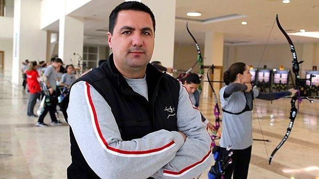 Göktuğ Ergin, dünyada yılın antrenörü seçildi