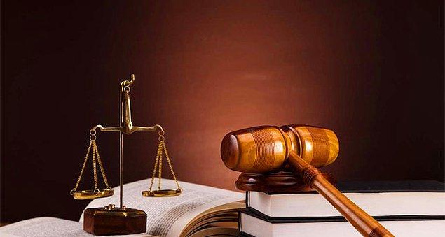 Dündar'ın 10 TL için verdiği hukuk mücadelesi, 3 yılın ardından zaferle sona erdi. İzmirli vatandaş, Temmuz ayında şirkete maddi manevi tazminat davası açtı...