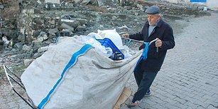 Her Gün 5 Kilometre Yürüyerek Topladığı Plastik Atıklarla Geçimini Sağlamaya Çalışan 75 Yaşındaki Adam