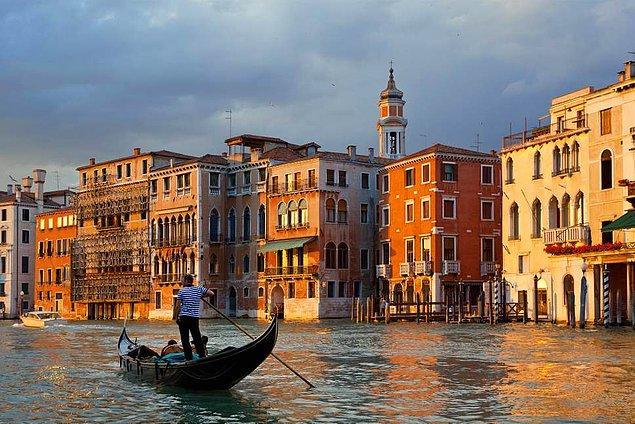 17. İtalya