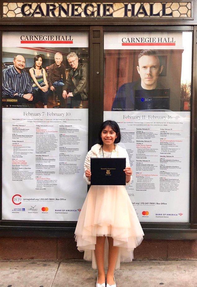 Genç piyanist, kazandığı ödülün ardından ABD'nin en prestijli salonlarından Carnegie Hall'de bir performans sergiledi.