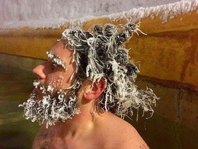 """Yarışmanın müdürü Andrew Umbrich şöyle diyor; """"Yarışmanın amacı en ilginç donmuş saç modelini bulmak."""""""