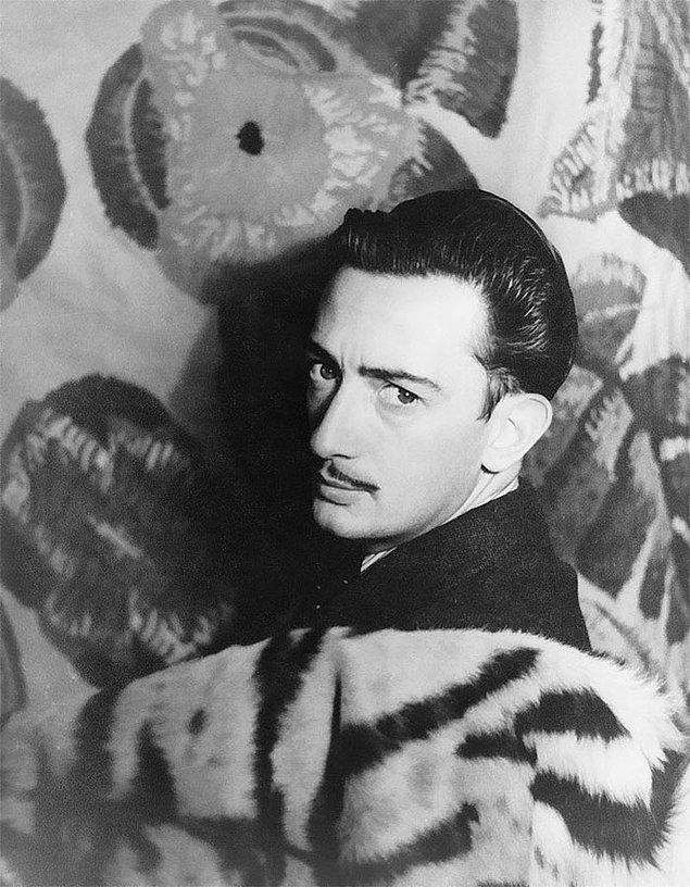 4. Salvador Dali ve eşi