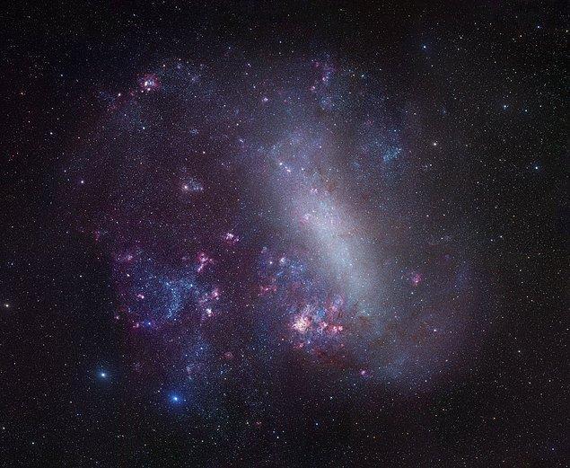 1987: Büyük Macellan Bulutu içinde bir süpernova gözlendi.