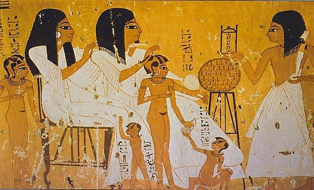 8. Tarihte kayda geçen ilk hamilelik testleri Antik Mısır'da yapılmıştır.