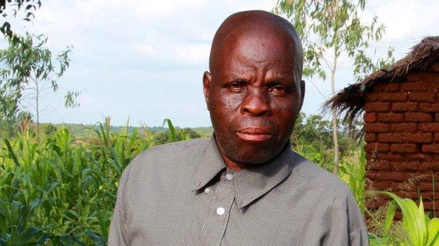 Bir Afrika ülkesi olan Malawi'de, Byson Kaula isimli bir adam idam cezasına çarptırılmıştı. Üç kez neredeyse asılacak olan adam her seferinde cellat diğer infazlardan dolayı çok yorgun olduğu için üçünde de asılamadı.