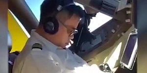 Boeing 747 Kullanan Pilotun Uçuş Sırasında Uyuduğu Anlar