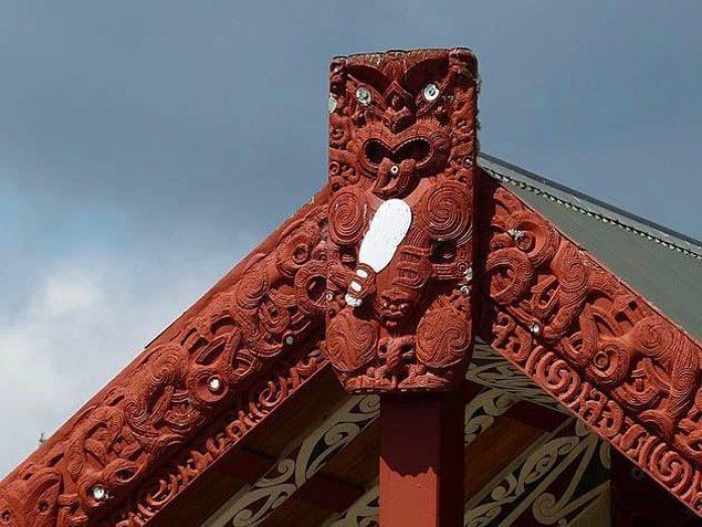 8. Maori ahşap oyma sanatları