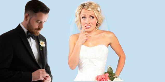 Sizin kesinlikle bu durumun altında kalmamanız lazım ve öyle bir düğün yapmalısınız ki herkesin ağzını açık bırakmalısınız; özellikle de arkadaşınızın. Gerekli kişilerle konuştunuz ve size bir liste sundular; ancak fiyatlarını bilmiyorsunuz. Bakalım fiyatlarını bilmeden yapacağınız seçimlerle 1 milyon TL'lik düğünü yapabilecek misiniz?