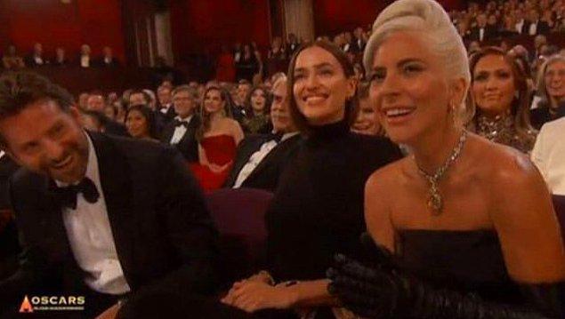 """Törenden sonra, Irina Shayk da """"kıskanç"""" damgası yedi, çünkü Irina Shayk, aktör ve Lady Gaga'nın tam ortasına oturdu."""