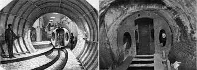 1870: New York'ta ilk metro çalışmaya başladı.