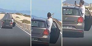 Aracın Arka Kapısını Açıp Selfie Çekmeye Çalışan Rahatsız